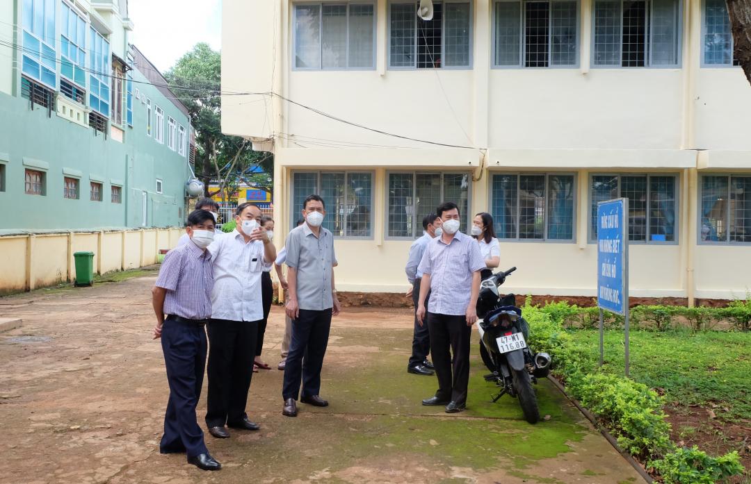"""Huyện Krông Pắc: Phát huy năng lực """"4 tại chỗ"""" để chủ động phòng chống dịch COVID-19"""