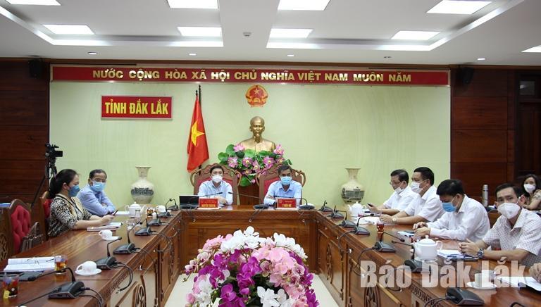 Các đại biểu tham dự tại điểm cầu Đắk Lắk