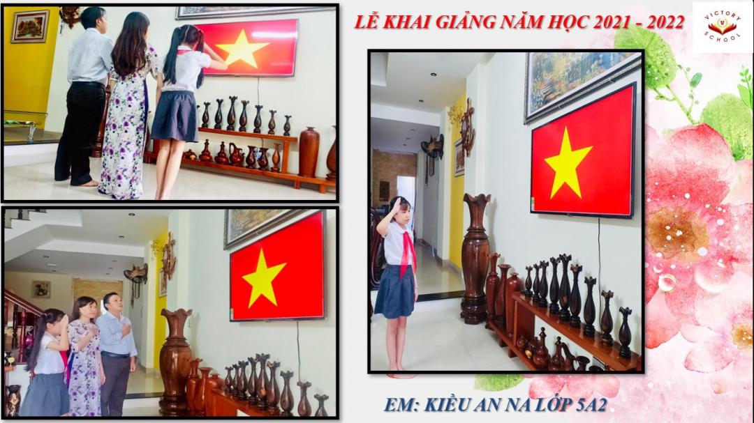 Học sinh Trường Victory chào cờ. Ảnh Đức Hoàn