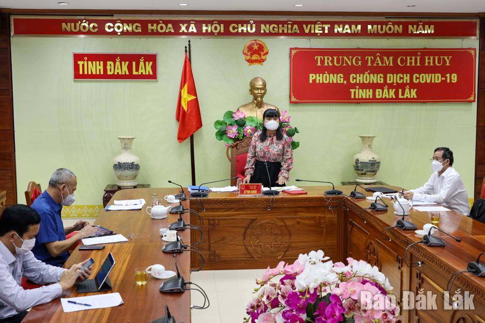 Phó Chủ tịch UBND tỉnh HYim Kđoh phát biểu kết luận cuộc họp. Ảnh: Hoàng Gia